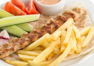 Люля-кебаб из свинины  с картофелем фри