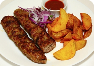 Люля-кебаб из говядины  с картофелем по домашнему
