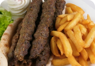 Люля-кебаб из баранины с картофелем фри